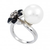 Snowdrop Black Ring